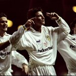 24y 162d - Across a single PL season, the youngest average starting XI age is 24y 162d (Leeds in 1999/2000). Babies. https://t.co/zEpc3i49XJ