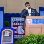 Ken Griffey Jr. tears up as he delivers his speech at the Hall of Fame #JrHOF #HappyGriffeyDay by @deanrutz https://t.co/4o9RuHxfAj
