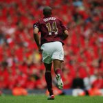 The #PL numbers of @ThierryHenry:  258 matches  175 goals  74 assists  4 golden boots  2 titles  1 invincible https://t.co/WjD8ZLbWeC