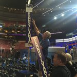 Look whats going up. The PA delegation sign. Hometown delegation has prime seats. #DemsInPhilly #DemConvention https://t.co/OnHfun7cRO