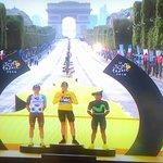 Los q critican a Nairo no montan cicla. No saben qué es pedalear 21 días contra los mejores del mundo #GrandeNairo https://t.co/KMTlvgIi3k