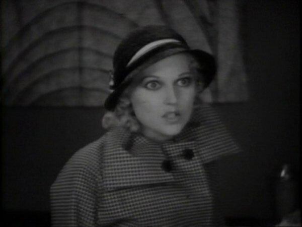 RT @RevueCinema: See Thelma Todd today in HORSE FEATHERS (1932) & 16mm short RED NOSES opposite Zasu Pitts! Programme starts at 4. https://…