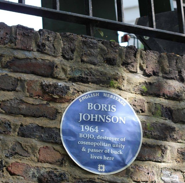 Top marks to the person who put the plaque on Boris's house https://t.co/msSspPev7g
