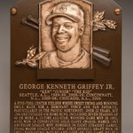 Ken Griffey Jr., welcome to immortality. #FIRSTLOOK #HOFWKND @Mariners https://t.co/ifqgcf6tV0 https://t.co/ilRvp5hKCb
