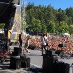 .@julytalk absolutely destroyed @rocktheshores Put all us other bands on notice. So inspiring to watch them play. https://t.co/AtGbtC5302
