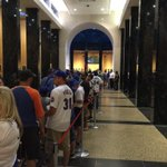 This is the line in the Hall of Fame to see #GriffeyHOF plaque and #PiazzaHOF plaque @komonews https://t.co/pfduIBUypf