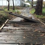 Flooding creek in Balhannah pulled up planks on an access bridge. Owners couldnt leave their property @9NewsAdel https://t.co/pDVZVn8EM2