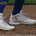 Nike endorsers wearing Griffey tribute cleats today (H/T @adamricks2) https://t.co/VhTc2eX7v7
