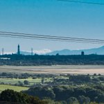 Incredible view of Blackpool Tower with Mt Snowdon in background. Image taken from M6 bridge #Lancaster #Snowdonia https://t.co/tJc5GlnfXd