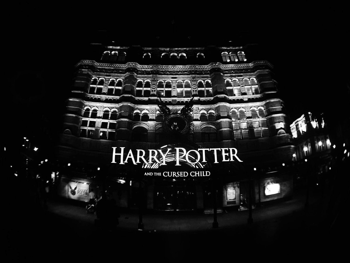 No better way to spend my 21st! New favourite Malfoy thanks to @antoboyle's performance. Golden comedic timing. https://t.co/F8lIFj6qpV