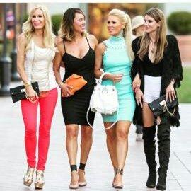 Lts plan more shopping & fun soon @GretchenRossi @RHOC_KellyDodd @IamRachelMcCord! #fashionista #RHOC #grayse https://t.co/CGVSv7WAdW