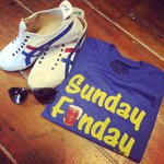 Sunday Funday 😎😎#vintagetees #mauijim #sunglasses #onitsukatiger #menswear #victoriabc #yyj https://t.co/uMmiDQCGer https://t.co/uLzNZaRmpr