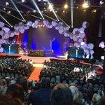 #informóEFE:espectacular aplauso inaugural a @SSantiagosegura en la gala Platino en @Uruguay_Natural Punta del Este https://t.co/u6JMrvnvuj