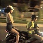 justin bieber acabou de passa de moto aqui na rua com a selena gomez https://t.co/9tVN5vlRLp