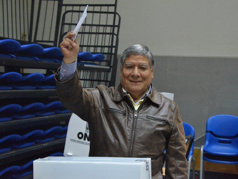 #NuevoRector #UNMSM Dr. Orestes Cachay Boza, de Siempre San Marcos MAS independiente. https://t.co/wLZCn0yyuG https://t.co/ukNXwsAkGH