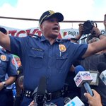 After inspecting troops, Bato surprises crowd as he joins militants holding rally on stage @inquirerdotnet https://t.co/lzZ9ekIxiW