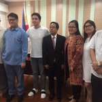.@aldenrichards02 at Phil Embassy in SG meeting Ambassador Morales! #ALDUBSaveTheLolas 🐑 https://t.co/DnVz1h1RHv