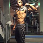 My favourite kind of biscuits? Chocolate Biscuits ! ! ! 🍪🍪🍪🍪🍪🍪 @Stevens_Lloyd Haha! #mondaymotivation #abs #Befikre https://t.co/YxXG10oGQi