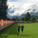 @pizarrinha trainiert individuell. @SambouYatabare wieder mit der Mannschaft. #Werder #Zillertal https://t.co/4w1uxsIrOi