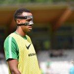 RT werderbremen: Mello der Maskenmann. #GriasdiSVW #Werder https://t.co/12aztD8q0J #Bremen #News #Sport #Werder