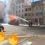 Un geyser de flammes après la rupture dune canalisation de gaz à #Toulon https://t.co/7YCqqL9bdJ https://t.co/xvhMBZyuNp