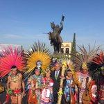 Guardia de Honor a Santiago de Querétaro y entrega de bastón de Mando conmemorando el 485 Aniversario de la Ciudad. https://t.co/5dZ9fdCi5V