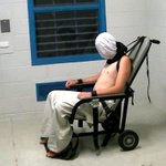 """One is a mentally-ill prisoner in Abu Ghraib screaming in """"restraint"""" chair. One is a child in Australia. #4Corners https://t.co/icKlF7ryZw"""