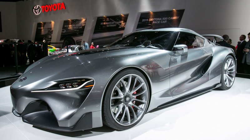 Autoblog @TheRealAutoblog: New #Toyota Supra may get a twin-turbo Lexus V6: https://t.co/L8Din0oVn3 https://t.co/Rz5B6lkBKY