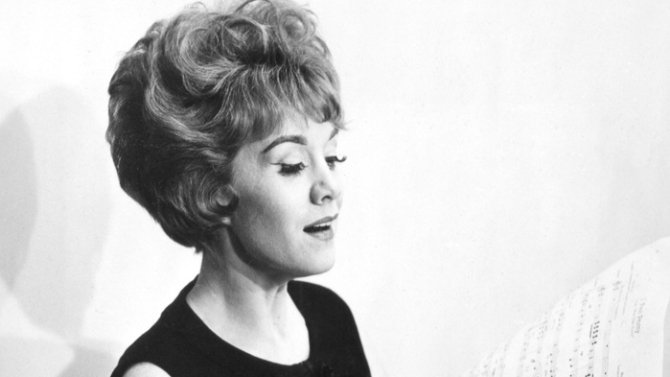 Marni Nixon, the voice behind stars in movie musicals like 'My Fair Lady,' dies at 86