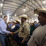 #FOTO: @miguelmarquezm en San Diego de la Unión entregando apoyos a productores de la región. https://t.co/0I4ROxXeRV
