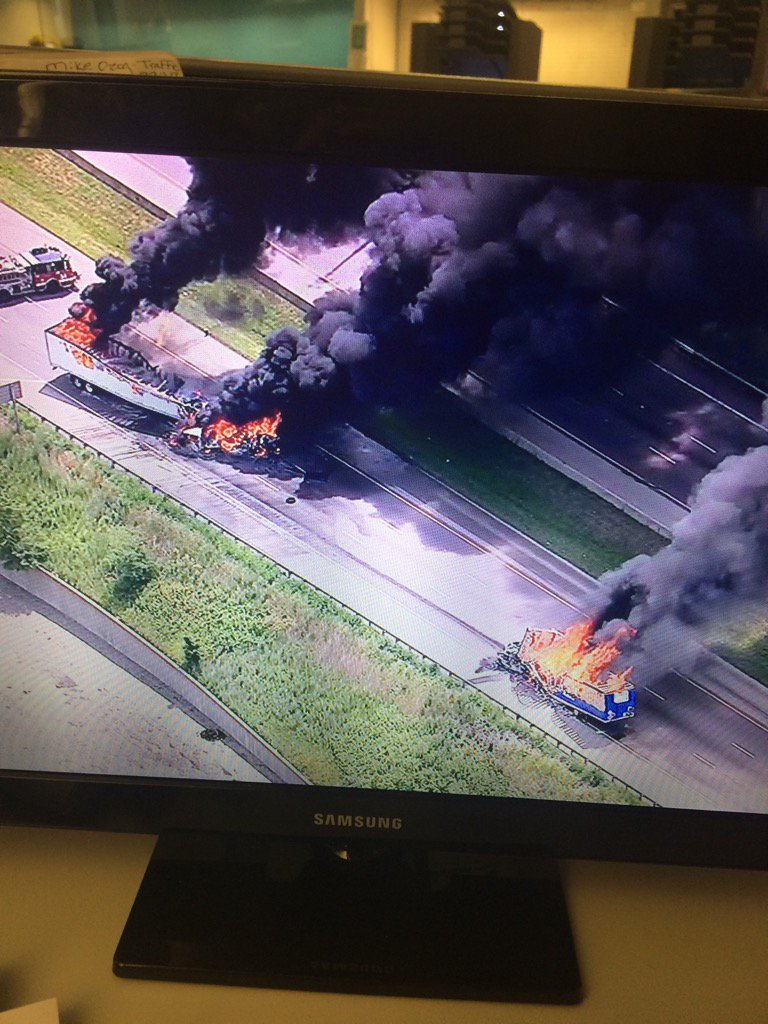 Illinois cook county cicero - Photo Large Flames Shoot From 2 Semi Trucks On Interstate 55 Southwest Of Chicago Near Cicero Both Sides Of Roadway Closed Kirstiningrid