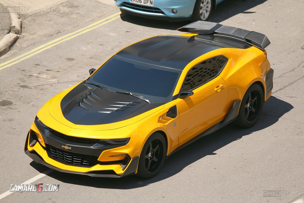 First Full Look at New Bumblebee #Camaro for Transformers 5! https://t.co/cfu6nau8ij https://t.co/DtYZQ7eLoI