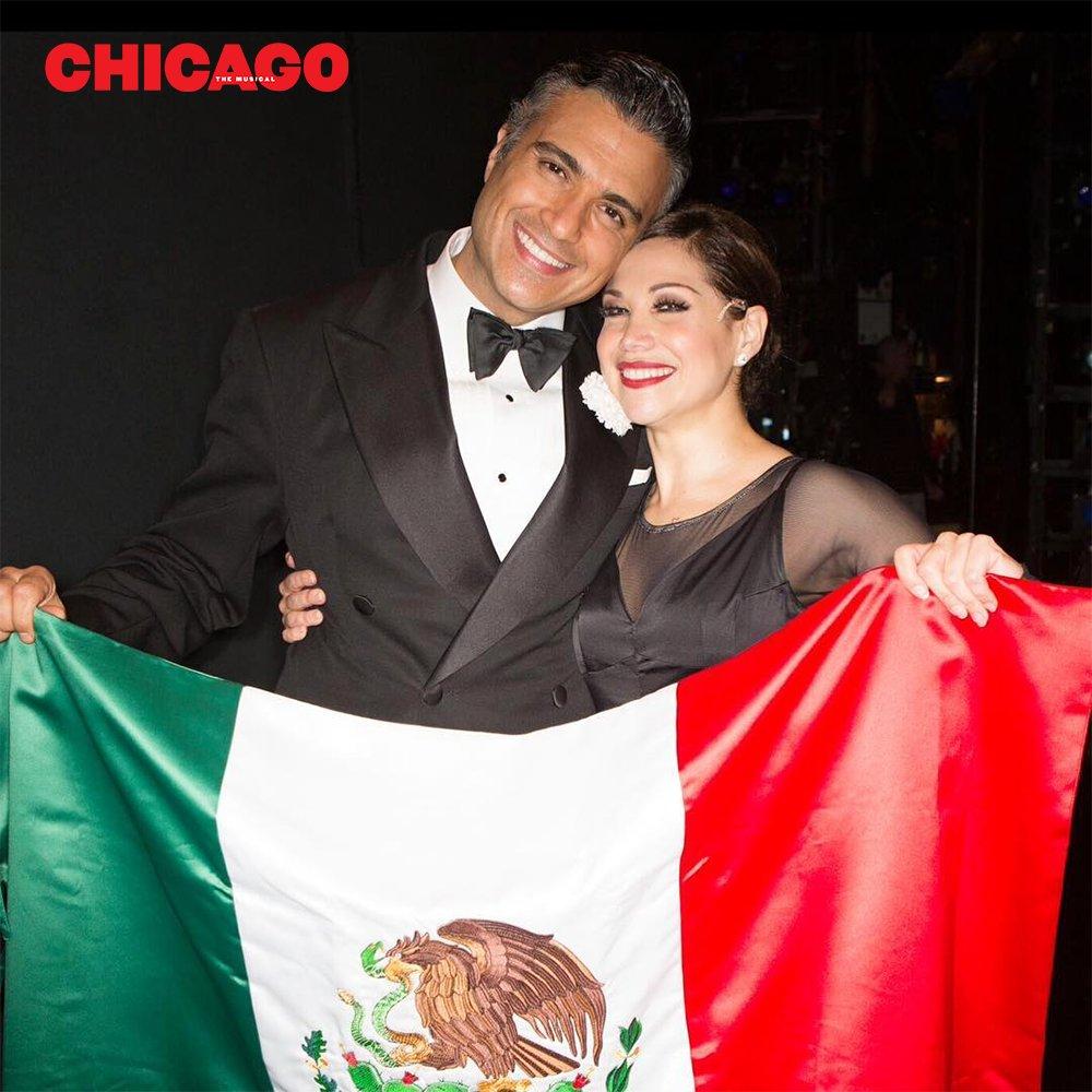 FINAL WEEK! @JaimeCamil & @BiancaMarroquin's history-making #ChicagoMusical run ends 7/31! https://t.co/xGapplpP3y https://t.co/gOYBmLWcCU