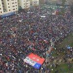 Ayer 750 mil chilenos salieron a las calles para decir #NOMasAFPs. ¿Compartes las críticas al sistema de pensiones? https://t.co/2Tj2mPdd53