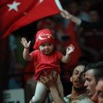 #Samsun Cumhuriyet meydanımızdan herşeyi açık açık anlatan bir kare... #ÇanakkaleRuhuileMeydanlara https://t.co/0EbB1v6Joa