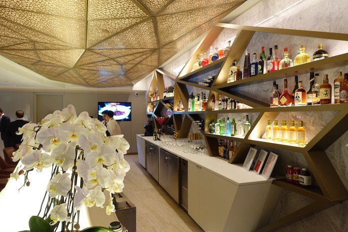 RT @OneMileataTime: First Look: Etihad's New LAX Lounge -