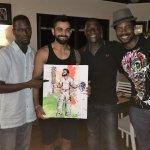 Sir @vivrichards56's son is a @imVkohli fan - Mali Richards gifts Indian skipper a painting https://t.co/ScRJ9aScx6 https://t.co/Baj0Yhz6CO