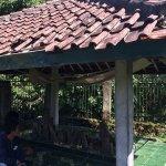 Harmonisnya Muslim & Hindu di Lombok Berbagi Tempat Ziarah https://t.co/BS4wTvm82l via @detiktravel https://t.co/oAZaeUojSi