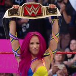 The #NewEra officially has its first NEW CHAMPION! Congratulations, @SashaBanksWWE! #RAW #WomensTitle https://t.co/OeJT6wYzs6