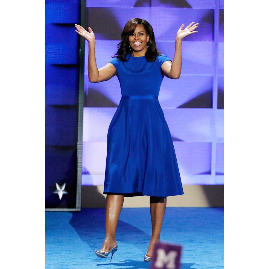 Powerful, inspiring & a truly moving speech @FLOTUS. This paired w/ an elegant/bold royal blue stunner by @CSiriano. https://t.co/Bd7WKnipYF