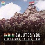 Remembering d brave warriors who laid down der lives at Kargil2 defend r Motherland INDIA SALUTES YOU Vijay Diwas https://t.co/6mHfGrIg8I
