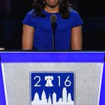Lets all agree that in the middle of this crazy election #FLOTUS is a class act. @HlLLARY @FLOTUS #MichelleObama 🇺🇸 https://t.co/ipSUOE6lvA