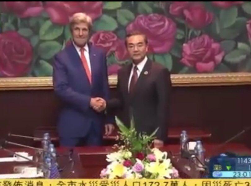 これも日本のマスコミは絶対報道しないだろう↓  米国国務長官ケリー:「米国は南シナ海仲裁について立場…