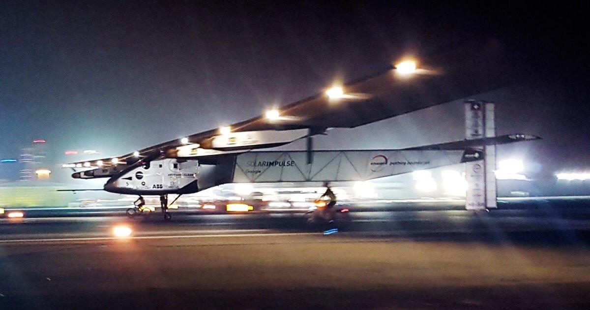 В Кремле тишь #новости: Большой успех Solar Impulse 2 облетел Мир без топлива! Браво моему другу @bertrandpiccard ! https://t.co/N0nJVbZJYw