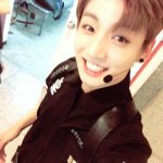 Because Jeon Jungkook still has not uploaded his selca, all his past selca in Weibo is surfacing 😂😍❤️ https://t.co/K36PAQKYsx