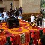 Paid my tributes to the brave martyrs on Kargil Vijay Diwas. https://t.co/A4utdYldnZ