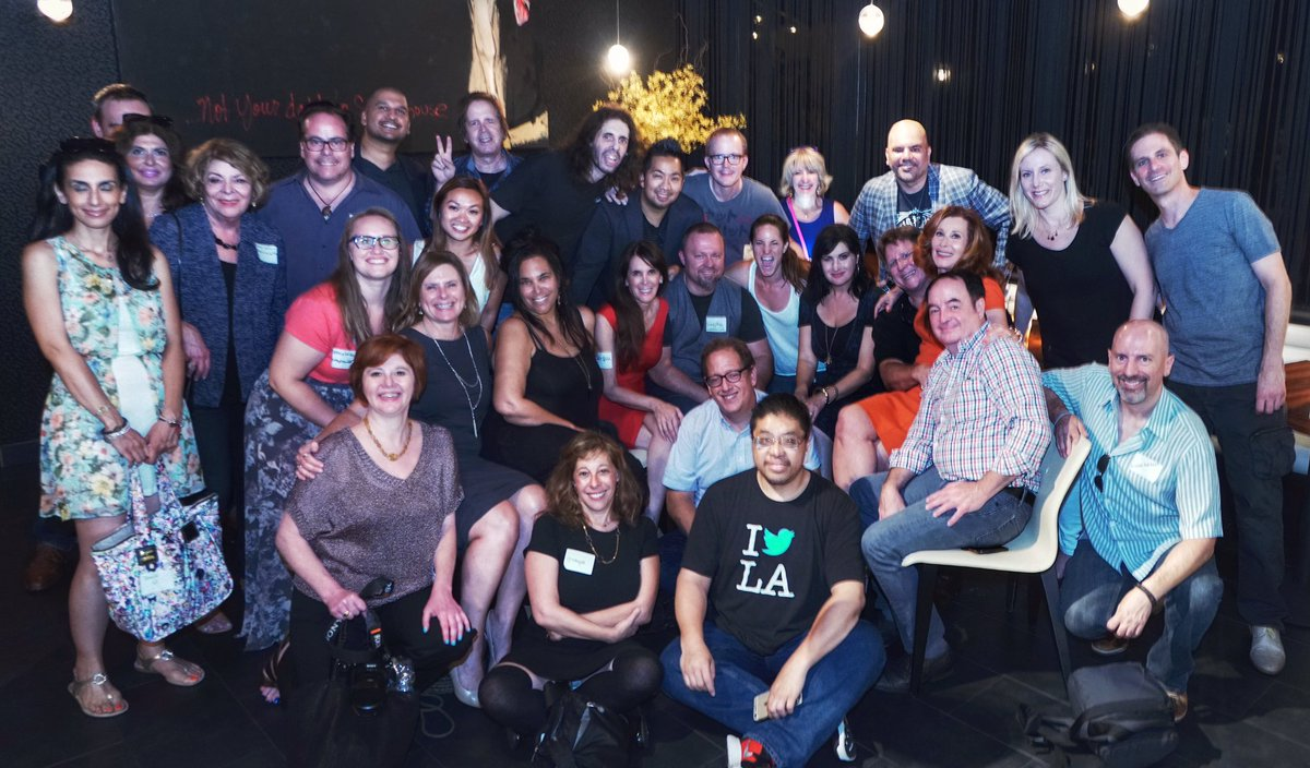 Best time w my OG Social Media Peeps 140LA Reunion Mixer @jeffpulver @WriteOnOnline  @BeautySmith #140ConfLA https://t.co/ge2JSuIdAm