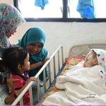Minta tolong jasa baik anda semua tolong adik Aisyah ni 😥😭😔🙏🏼 7612355706 (Nurul Wahida Hasbulah) https://t.co/kbOll5nDWm