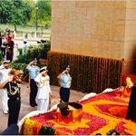 "My Tributes & Infinite Salutes to our Martyrs on ""Kargil Vijay Diwas"" Jai Hind Ki Sena! Vande Mataram! https://t.co/MZE4HrInSQ"