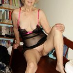 Register now to chat with our #horny #MILFs https://t.co/QcIfV5NvTK https://t.co/NA4oI8SxP3